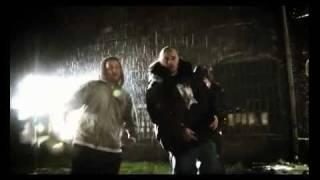 Teledysk: Emowski feat. Pih & Borixon - Nie Potrzebuję Być Kimś Kim Nie Jestem (prod. L.A. / Whitehouse)