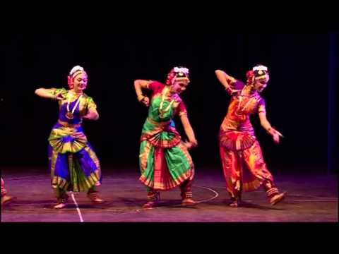 Utkarsh Dance Academy's Bharatnatyam Performance on Live Music.