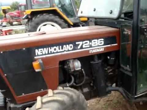 New Holland CX8070 Combine Harvester unloading Winter Barley to a ...