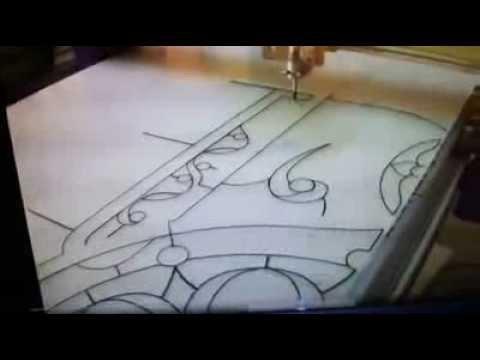 Peinture sur verre faux vitrail youtube for Peinture sur verre