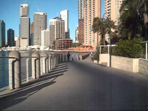 Brisbane 2010: New Farm to South Brisbane in 5 minutes