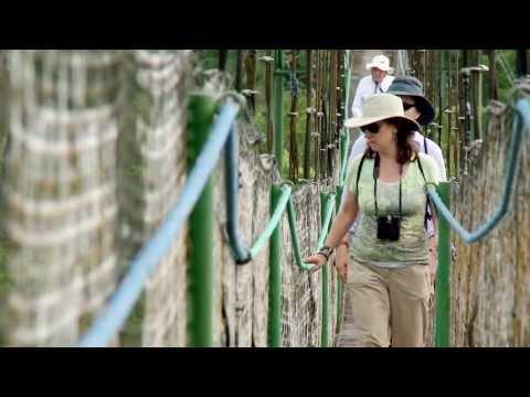 Ecuador, the power of tourism - HD
