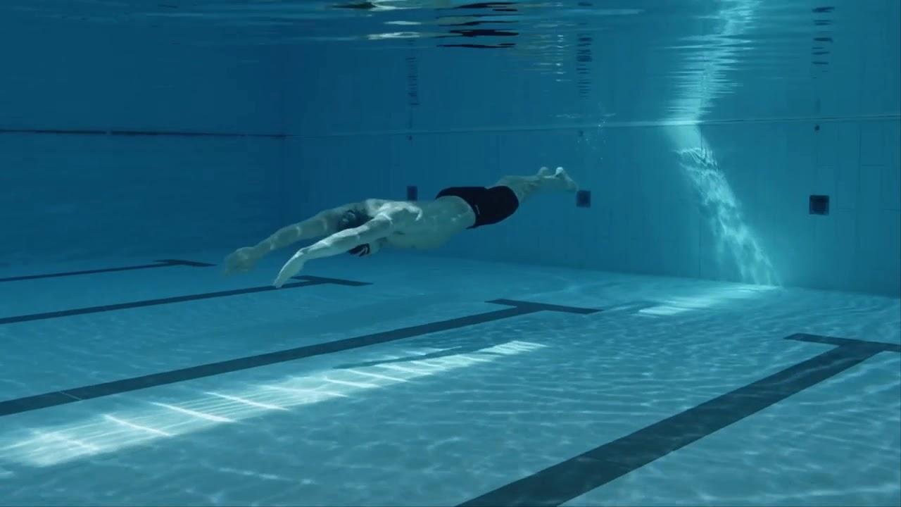 Kết Hợp Lướt Nước Và Quạt Tay Bơi Ếch
