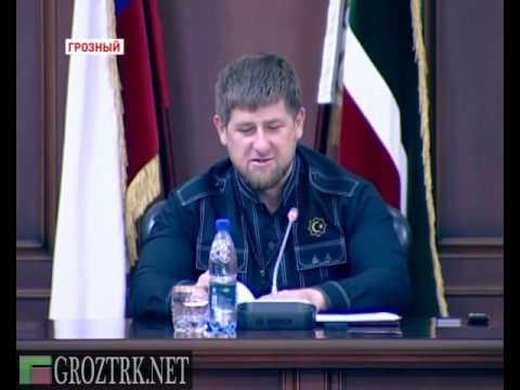 Р. Кадыров вручил документы и ключи от квартир 70 сиротам