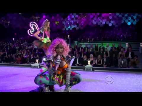Nicki Minaj - Super Bass & The Finale (Victoria's Secret Fashion Show) (1080p HD)