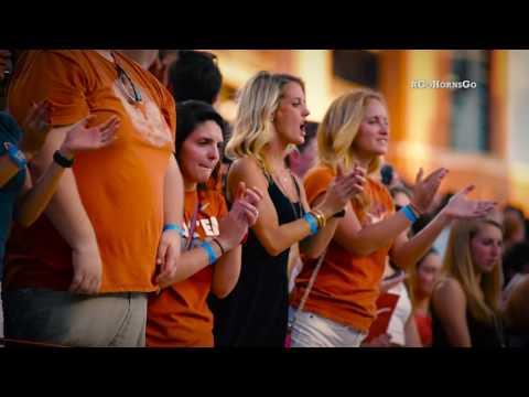 """Texas Traditions: """"Texas Fight / #GoHornsGo"""
