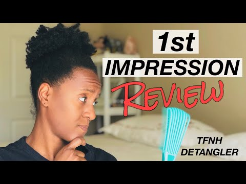 detangling-brush-for-curly-hair-|-review