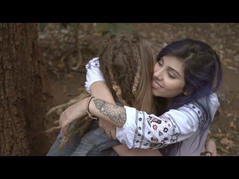 TAY GALEGA - Vida Simples (Videoclipe Oficial)