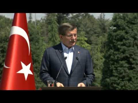 Başbakan Davutoğlu, işçileri ağırladı