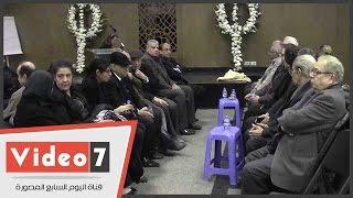يوسف القعيد وجورج البهجورى فى عزاء يوسف الشارونى بقصر الدوبارة