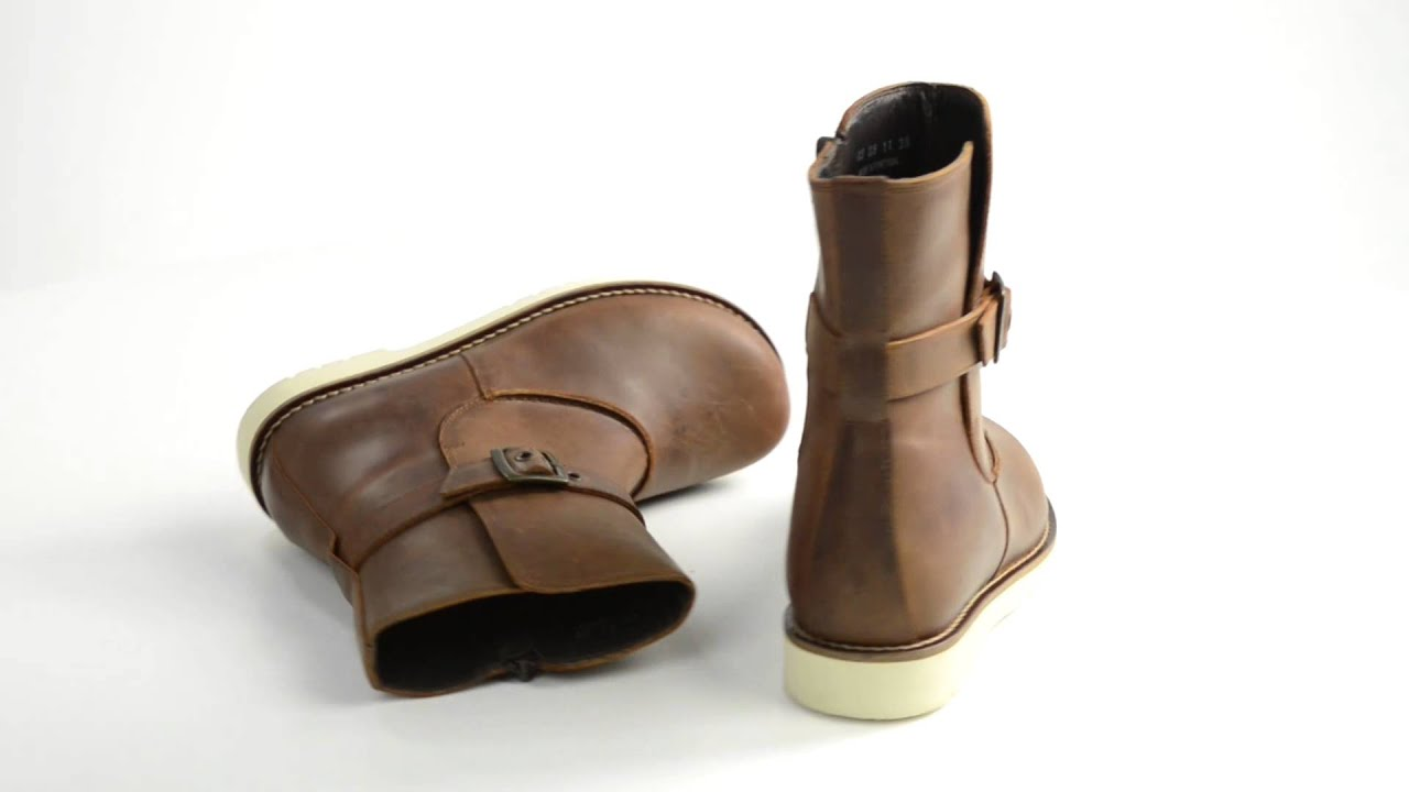 70fe366d0723 Footprints by Birkenstock Delft Leather Boots (For Women) - YouTube