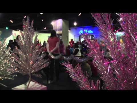 Aluminum Christmas Trees Back in Spotlight