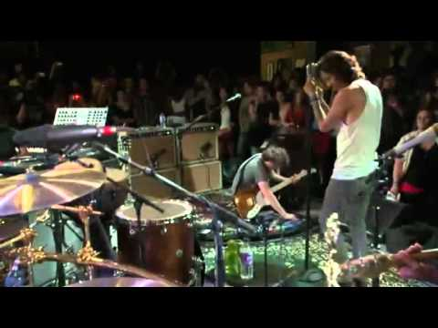 Incubus Live Sessions - Day 6 - In The Company of Wolves (Subs. español)