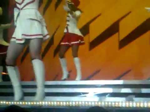Madonna  - Express Your self - Born This Way - MDNA Cordoba 2012.3GP
