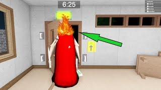 GRANNY'S HEAD IS ON FIRE! GRANNY MULTIPLAYER IN ROBLOX
