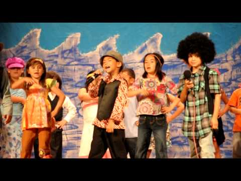 Talent Show Lakewood Elementary School 6/3/2010 - 1st Grader Branden Bulatao as Michael Jackson