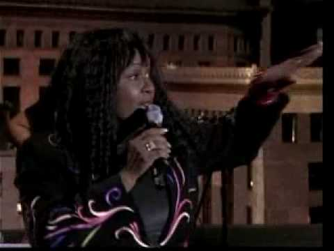 Betty Wright Clean up Woman (live)
