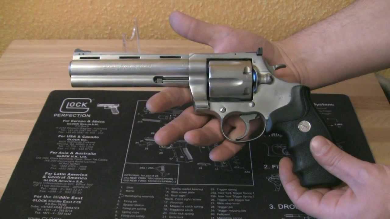 COLT ANACONDA 44 Magnum Revolver / English - YouTube