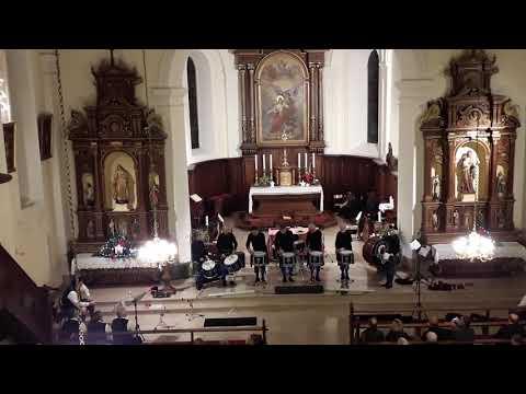 solo-de-percussions-par-les-celtic-ried's-pipers