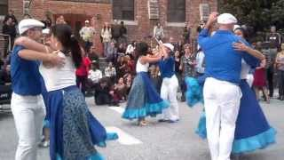 Salsa Dance Performance with Jesús Diaz y Su QBA