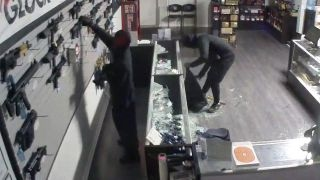 Smash and grab robbers loot Maryland gun store