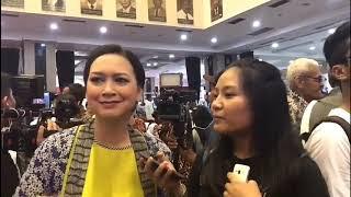 Jurnalistik 41 Mewawancarai Ira Wibowo