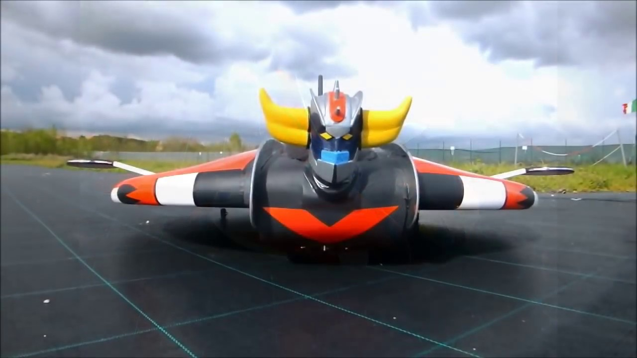 RC UFO ROBOT GRENDIZER GOLDRAKE 1°volo GOLDRAKE UFO ROBOT