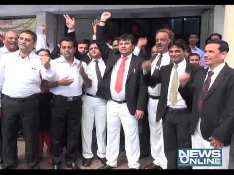 Surat Lawyer strikes