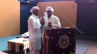 Arti Shri guru ravi dass ji maharaj(dera minibegampura girona spain 19/06/2011)