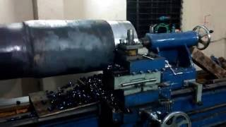 Shaft Turning  Process Heavy Duty  :  Lathe Machine