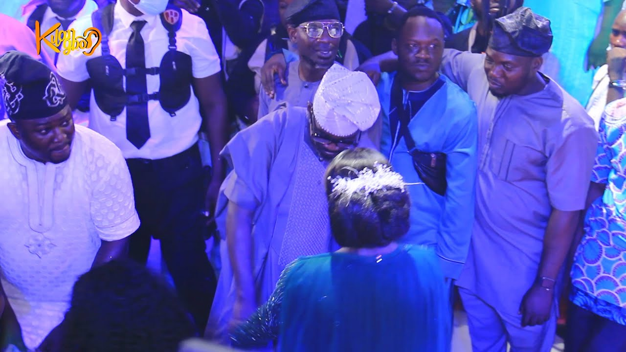 Download Pasuma's Daughter, Barakat dancing With Her Father on her wedding