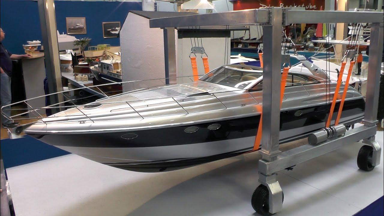 RC Yacht Harbour Static Display DMAX Princess V55