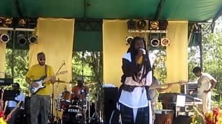 "Elhadji Baay Faal ""Dom Dji"" LIVE 2012"
