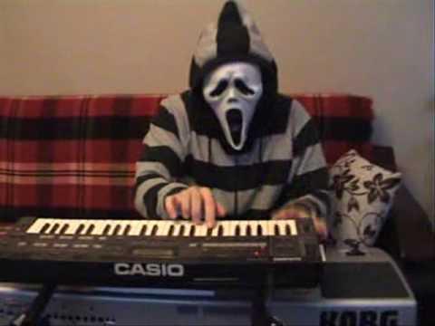 Maskeli Çocuk Klavye Gci Gci