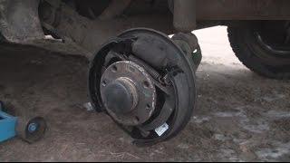 видео ВАЗ 2110 замена задних тормозных колодок