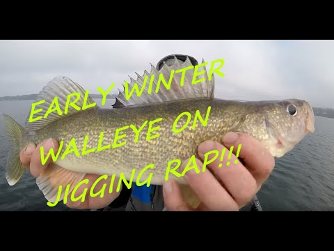 Early Winter Walleye Smash!! Lake Maxinkuckee Indiana Fishing