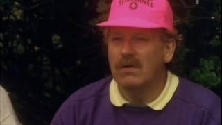 Den ofrivillige golfaren - Roderic McDougall pratar klädsel Video