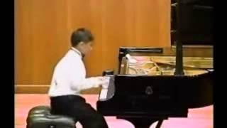 Ningyuen Li - sun flower (piano)  (9 years old )