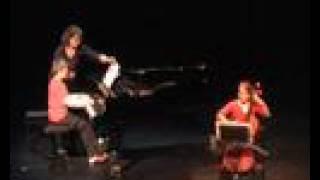 Play Apariciones: Valses Románticos, For Piano, DLR 7:5