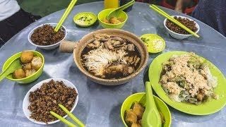 Trying Malaysian MEAT BONE TEA!? (Bak Kut Teh) + Bus Ride to Penang! (Kuala Lumpur 🚌 Penang)