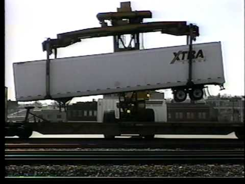 Loading a trailer onto an intermodal flatcar