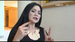 Entertainment News - Vina Panduwinata tetap cantik di usia 54 tahun