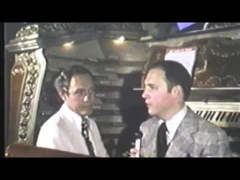 The story behind the Chicago Stadium organ along with a demonstration by Stadium organist Ron Bogda