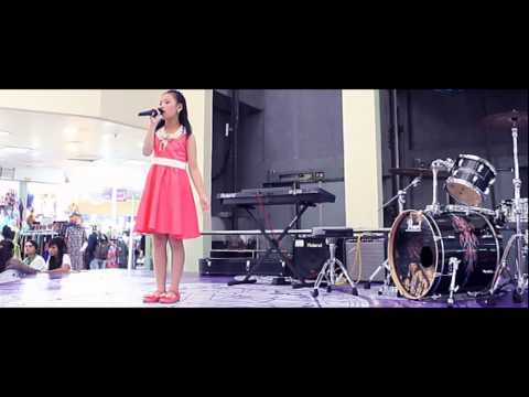 Pantang Mundur - Titiek Puspa (Cover by : Kenenza, 10 years old)