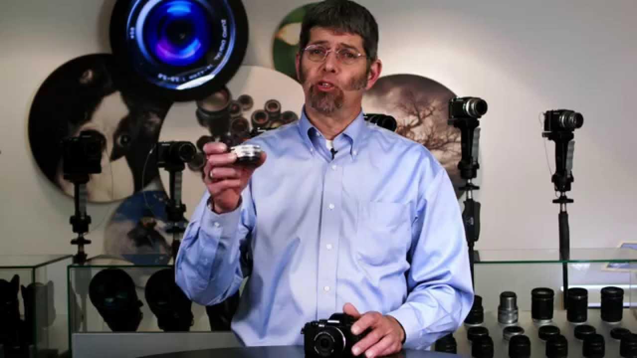 Olympus Mzuiko Ed 14 42mm F35 56 Ez Lens Youtube Om D E M10 Mark Iii Kit F 35 Silver