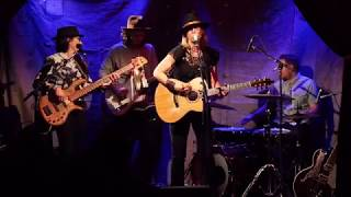 Lynne Hanson - Good Intentions live in Frankfurt 2018