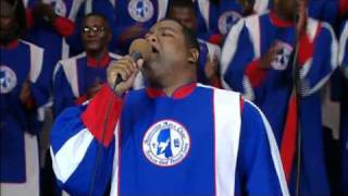 """When Praises Go Up"" - Mississippi Mass Choir"