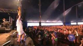 New Young Pony Club - The Bomb (Live Reading & Leeds 2007)