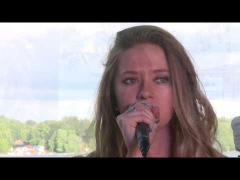 Dirty Dog Live Music-Brenna & Seann