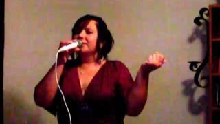 Suavesito - Karaoke KM singing